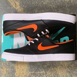 Nike SB X NBA Janoski New York Knicks BQ6397 024 NWT